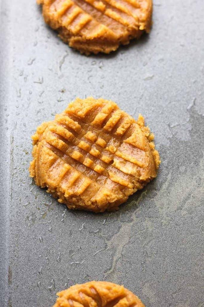 raw keto cookies