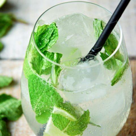 Keto Mojito cocktail