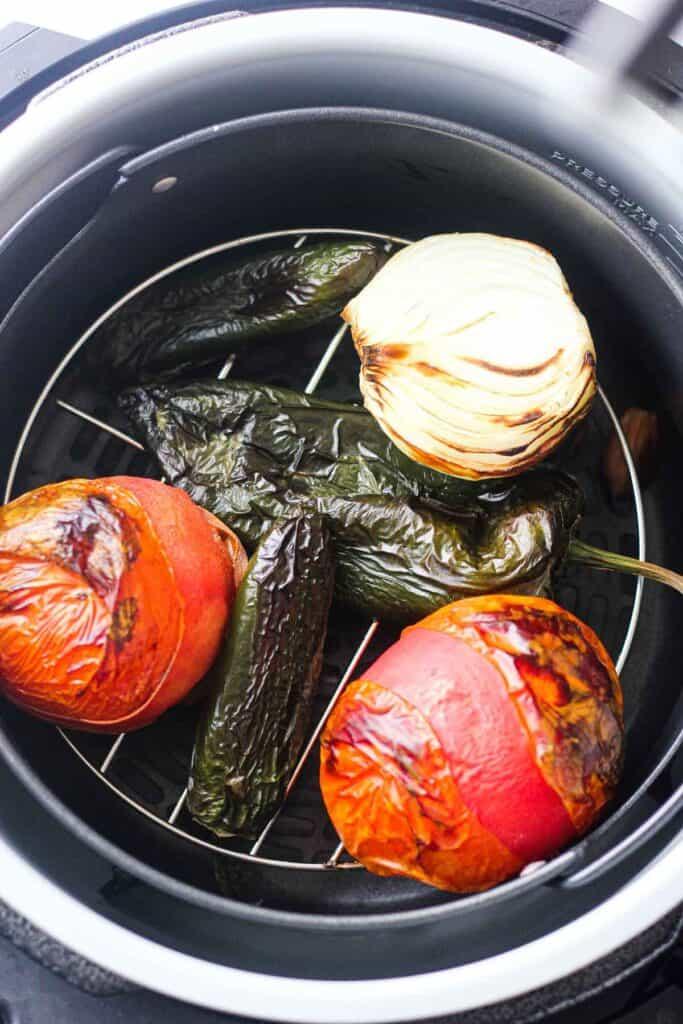 roasting toantpes jalapeno onions garlic in ninja foodi