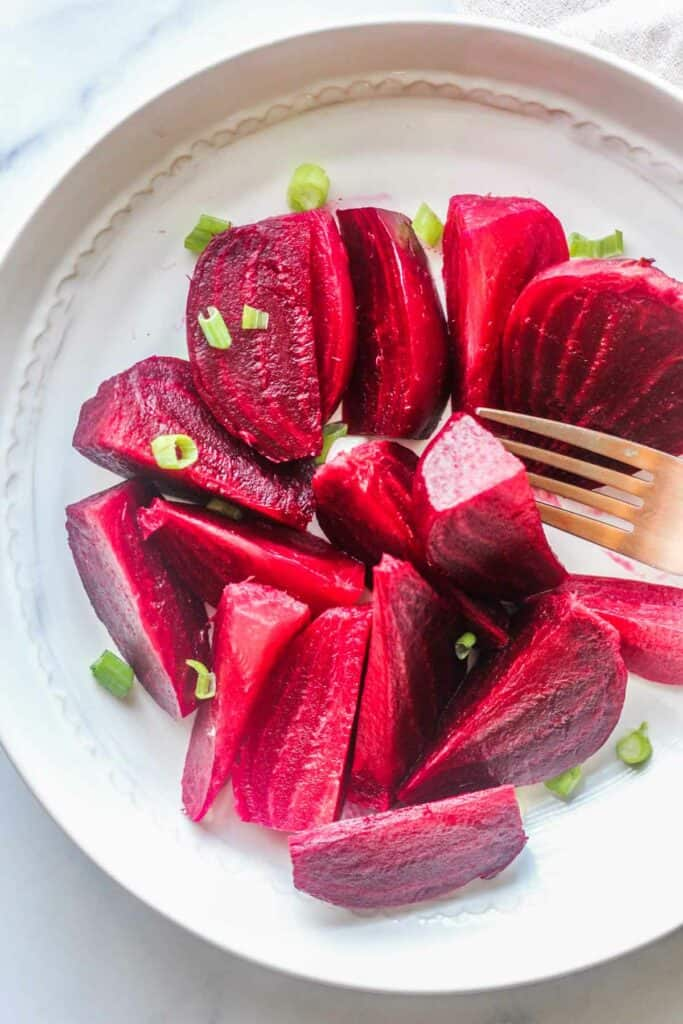 pressure cooker beets, cut and served on the plate